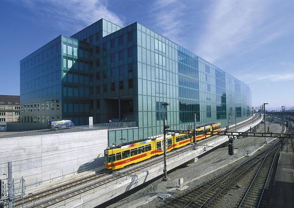 Swiss Prime Site : Croissance du portefeuille immobilier et rendement élevé