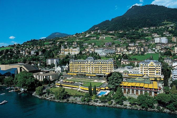 Fairmont Le Montreux Palace a investi 18 millions de francs pour rénover trois salles de conférences, la brasserie et plus de 100 chambres et suites.