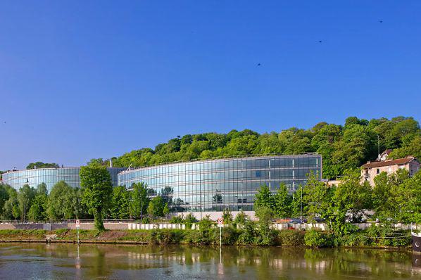 PGIM Real Estate et Varma achèvent l'acquisition de M Campus à Paris