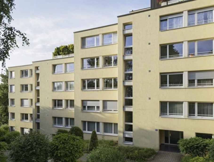 Grossackerstrasse  32,  34,  36  in  Leimbach