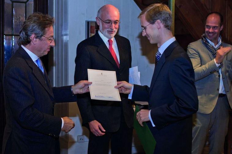 Arnaud de Jamblinne (Directeur général de la FONCIÈRE), Charles Spierer (Président du Conseil de fondation de l'IEI), Pierre-Xavier Knoepfli (Lauréat du Prix LA FONCIÈRE 2011), Nicolas Grange (Vice-président du Conseil de fondation de l'IEI)