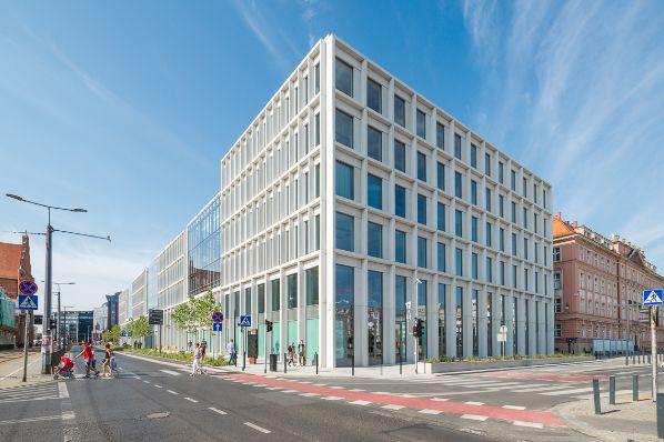 Credit Suisse AM acquiert un portefeuille de bureaux en Pologne pour 214 millions d'euros