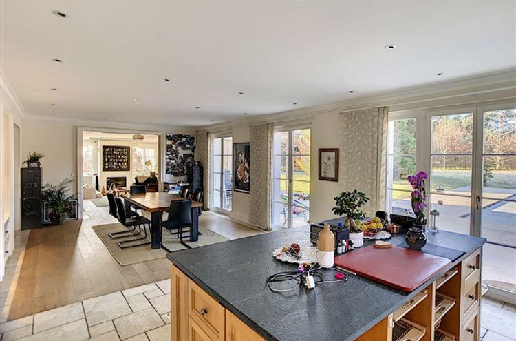 Maison individuelle à vendre - 1008 Jouxtens-Mézery CHF 6'250'000.- CHF 13'889 / m²