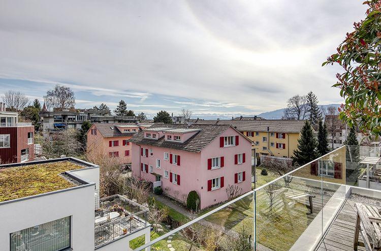 Attique à vendre - 8049 Zürich CHF 1'560'000.-CHF 18'353 / m²