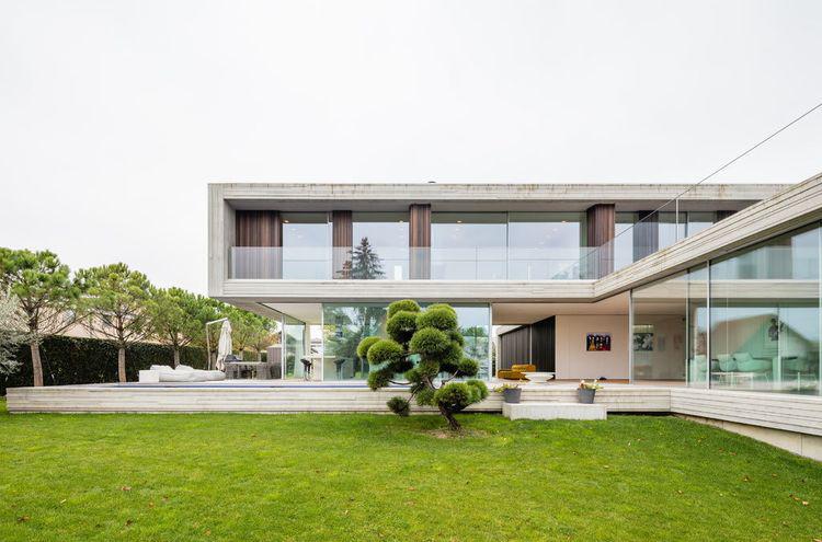 Villa à vendre - 1295 Mies CHF 8'900'000.-CHF 22'250 / m²