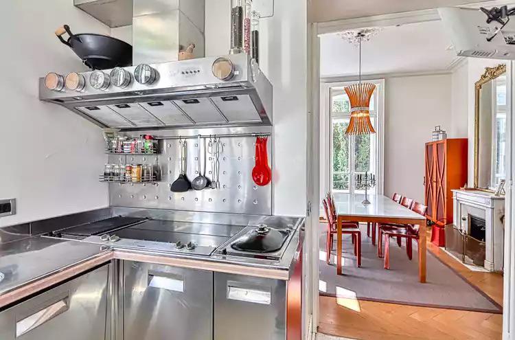 Maison individuelle à vendre - 1820 Veytaux CHF 3'200'000.- CHF 9'412/m2