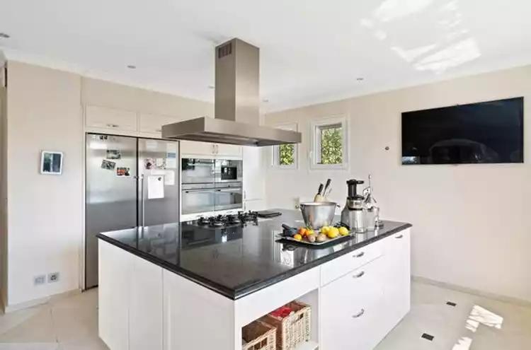 Maison individuelle à vendre - 1247 Anières CHF 4'900'000.- CHF 17'818 / m²