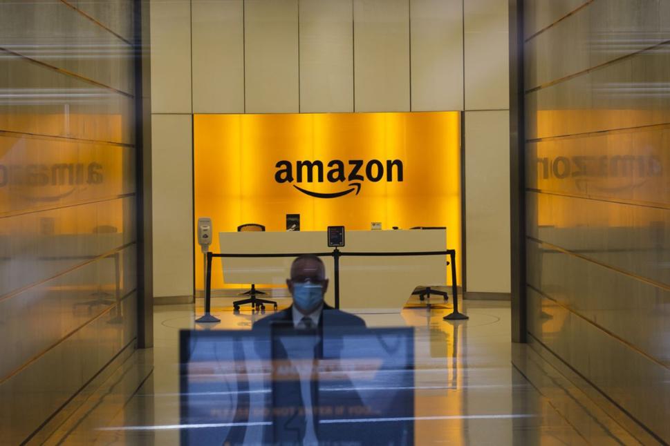Les titans boursiers Amazon, Google et Facebook stimulent également l'immobilier commercial