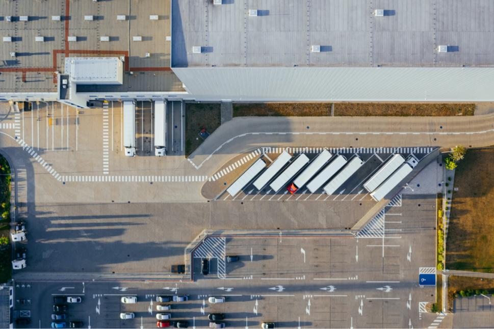 AEW achète un portefeuille logistique de 500 millions d'euros à Patrizia