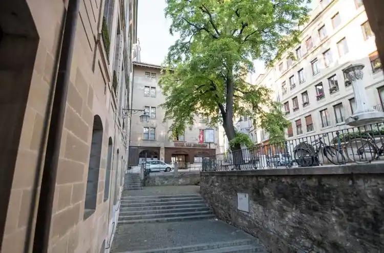 Bureau à louer - 1204 Genève CHF 3'405.- / mois