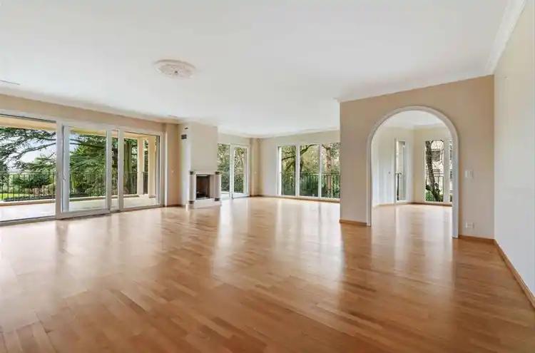 Appartement à vendre - 1206 Genève CHF 5'800'000.- CHF 19'398 / m²
